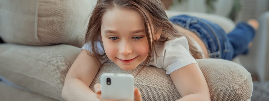 enfants-smartphone-tablette-e1567066704758